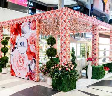 Cadilac-Fairview-Booth-Decoration-by-Custom-Engineered-Arts