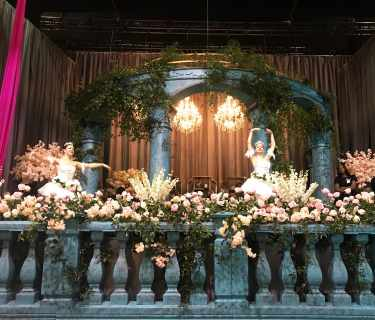 Greek-Columns-foam-stage-decorations
